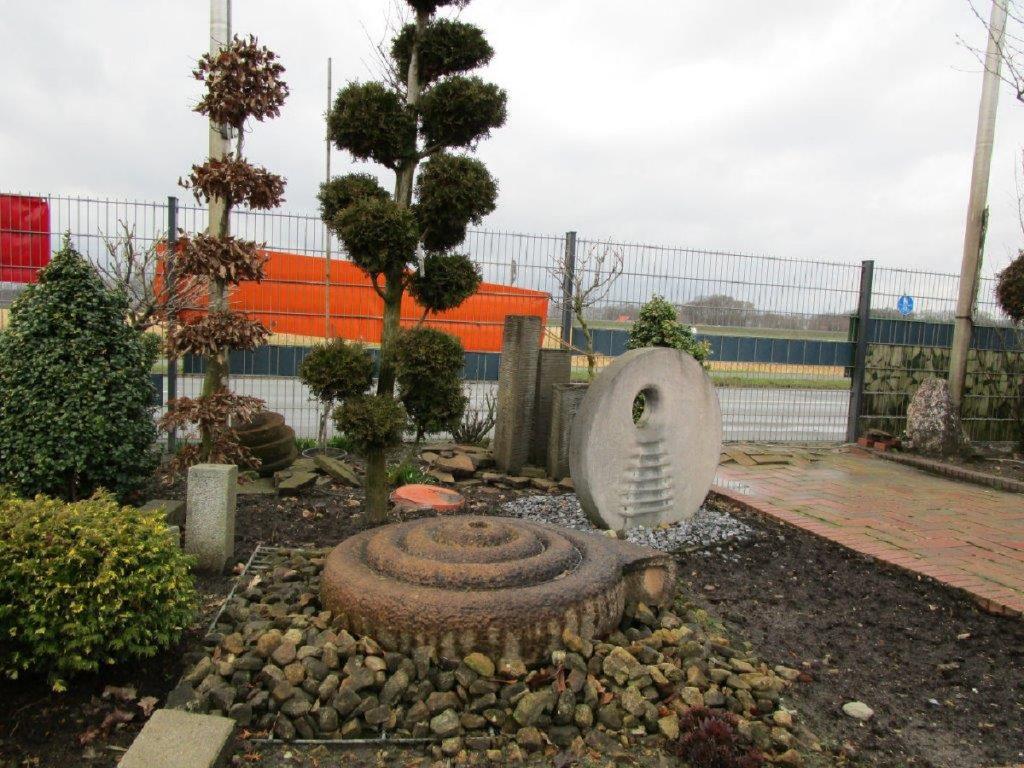 Trigala Armin Trimpe - Gartencenter - Ausstellung - Wasserspiele